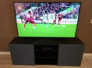 50 inch LCD 1080p TV! EXCELLENT CONDITION w/Wall Mount for Sale in Moreno Valley, CA