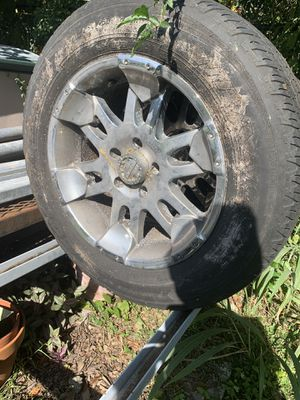 """18"""" wheels and tires Chevy/Jeep for Sale in Winter Park, FL"""