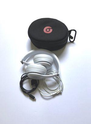 Beats Solo3 Wireless Headphones - Gloss White for Sale in Boynton Beach, FL