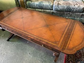 Antique Double Drop Leaf Coffee Table- Delivery Available for Sale in Tacoma,  WA