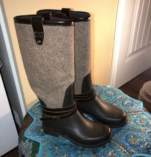 UGG RAIN BOOTS for Sale in Orange, CA