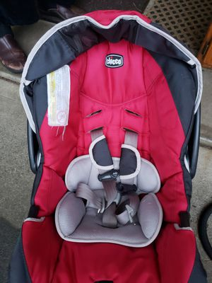 Chicco car seat for Sale in Port Ludlow, WA