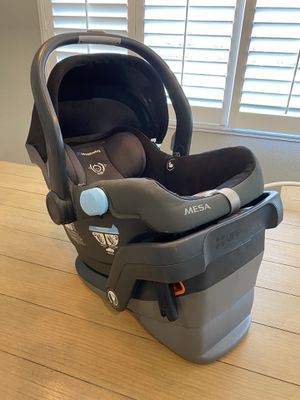 Uppa Baby Black Mesa infant car seat and bases for Sale in Temecula, CA