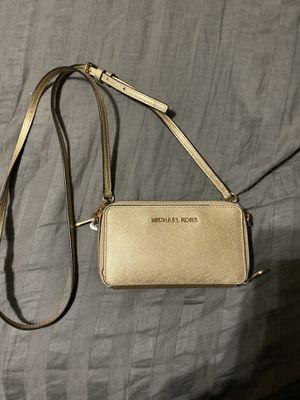 Michael Kors Gold Cross body Wallet purse for Sale in Glendale, AZ