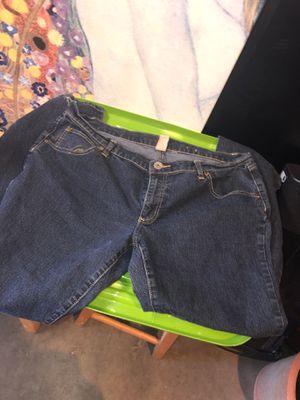 Women's Jeans size: 17 for Sale in Auburn, WA
