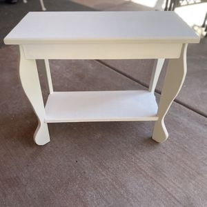 Antique End Table for Sale in Modesto, CA
