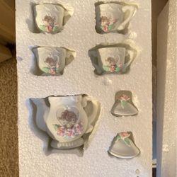 Miniature Tea Set for Sale in Corona,  CA