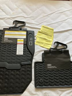 NEW Audi Q5 Floor Mats for Sale in West Palm Beach,  FL