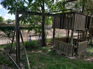 Wooden Swing set and fort for Sale in Deer Park, TX