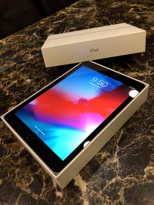 iPad 6th Gen. 32GB (Space Grey) WI-FI for Sale in Los Angeles, CA
