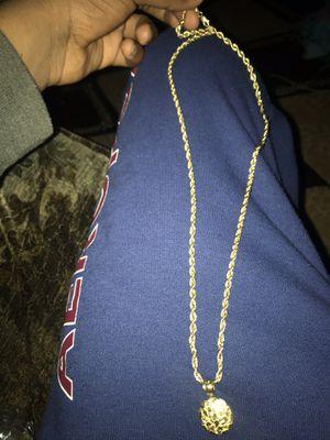 Gold chain for Sale in Hesperia, CA