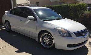 1000$_USD 2OO8 NissanAltima Beautiful for Sale in Miami, FL