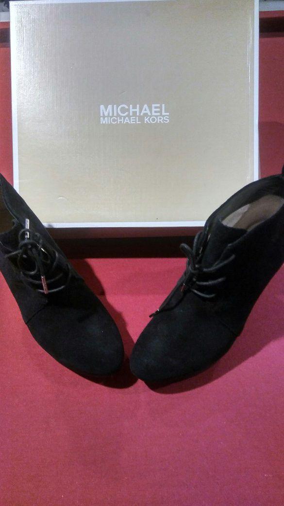 $$$ Michael Kors Shoes $$$