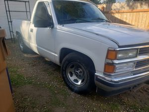 Chevy Silverado 2wd for Sale in Kent, WA