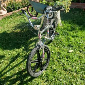 Bike Bmx 20Gt Performer Good Condiciones for Sale in Los Angeles, CA