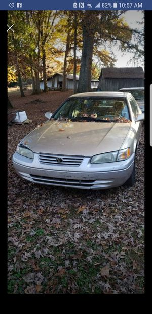 Toyota Camry 1998 197000 miles for Sale in Morganton, NC