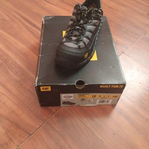 Work Shoes Caterpillar for Sale in Fort Pierce, FL