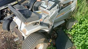 Craftsman ride-on lawn mower selling for parts for Sale in El Cajon, CA