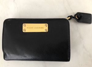 Marc Jacobs Leather Wallet morning in Black for Sale in Fairfax, VA