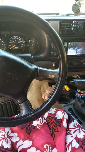 2005 Chevy blazer 4.3 by 2 door for Sale in Fort Lauderdale, FL