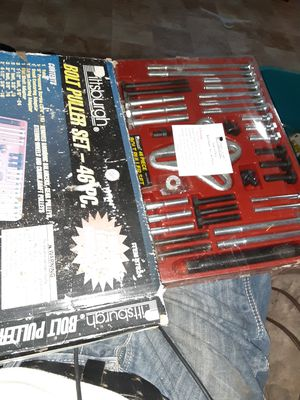 Pittsburgh bolt puller set . 46 pc. Bran news stil for Sale in San Angelo, TX