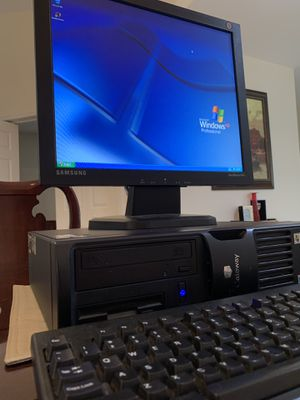 Desktop Computer with Monitor for Sale in Tamarac, FL