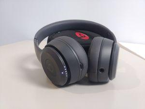 (Authentic) Grey Beats Solo3 Wireless Headphones for Sale in Orlando, FL