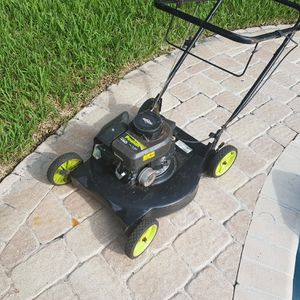 Lawn mower for Sale in West Palm Beach, FL