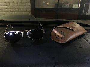 Ray-Ban RB3025-001/58 Large Aviator Sunglasses - Polarized for Sale in Santa Cruz, CA