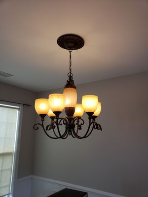 Dining room chandelier for Sale in Greenville, SC