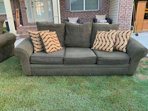 Couch and Loveseat for Sale in Dallas, GA