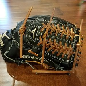 Mizuno Global Elite baseball glove for Sale in Crown Point, IN