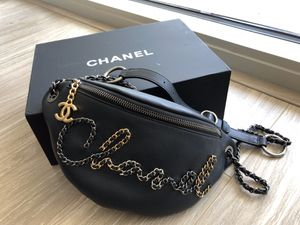 Authentic CHANEL Waist bag for Sale in Atlanta, GA