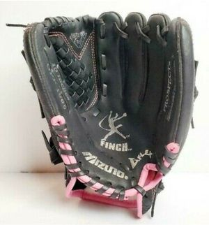 "MIZUNO Prospect GPP 1006 10"" Pink & Black Leather Finch Softball Glove for Sale in Spring Hill, FL"