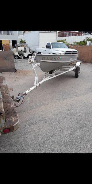 13' Aluminum boat out board & Trailer for Sale in Castroville, CA