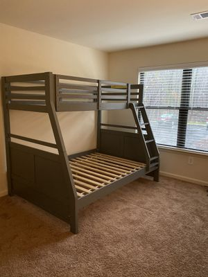Bunk Bends twin and full size with Mattress for Sale in Edison, NJ
