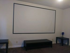New 120 inches 16:9 ratio PVC fabric roll up projector projection screen with velcro mounts included for Sale in Baldwin Park, CA