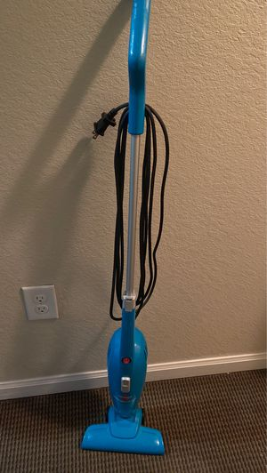 Bissell Featherweight Vacuum Cleaner for Sale in Tallahassee, FL