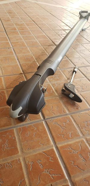 New! Thule, Circuit 526, Front Mounted Bike Rack ( never used) for Sale in Los Angeles, CA