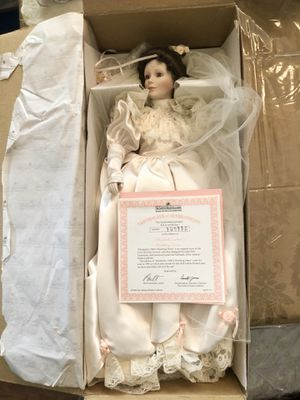Collectible Elizabeth's 1900's Wedding Dress Porcelain Doll for Sale in San Diego, CA