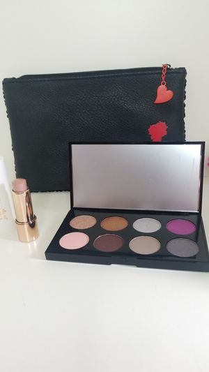 New Betty Boop & Jolil Cosmetics Makeup for Sale in Miramar, FL