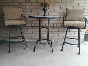 Hightop Patio Set for Sale in Glendale, AZ