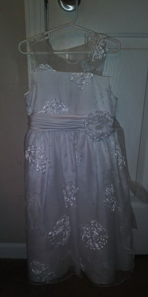 White dress for Sale in Piedmont, SC