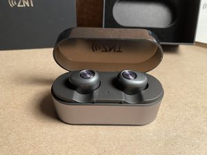 ZNT - Wireless earbuds high quality for Sale in Fresno, CA