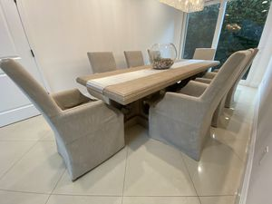 RH Dining Table w/ 8 chairs for Sale in Los Angeles, CA