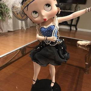Porcelain Charleston Betty Boop for Sale in Stanton, CA