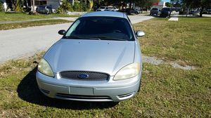 2004 Ford Taurus. Great condition!!! for Sale in North Miami Beach, FL