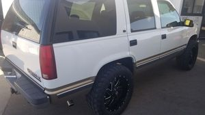 99 Tahoe 4X4 LOADED LT LEATHER LOADED!! for Sale in Santa Maria, CA