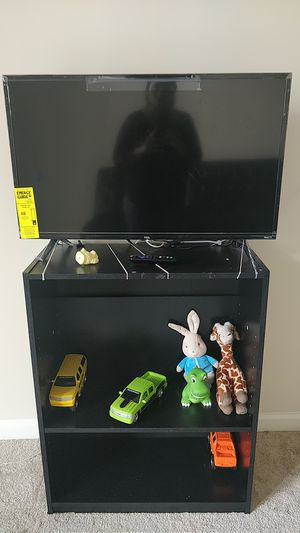 TV with stand for Sale in Bayonne, NJ
