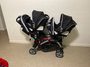 Baby trend Double Stoller With Car Seat And Base for Sale in Lehigh Acres, FL
